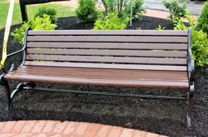 bench700